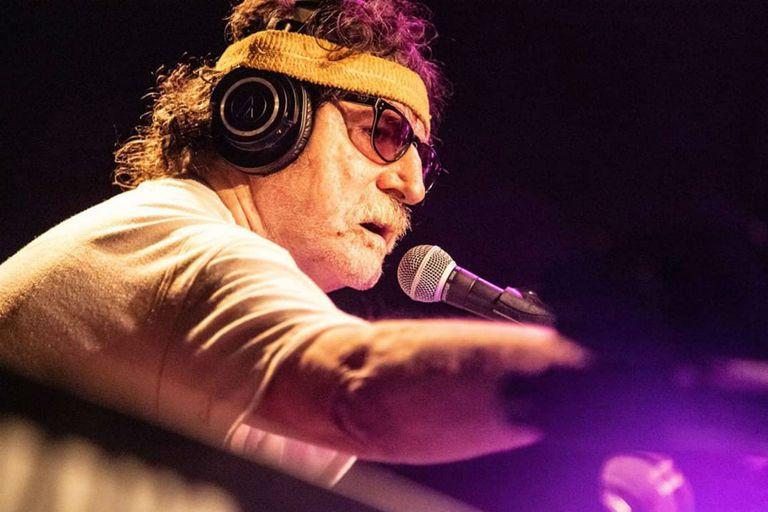 """""""Sos un genio"""": la carta que Charly García le había enviado a Maradona"""