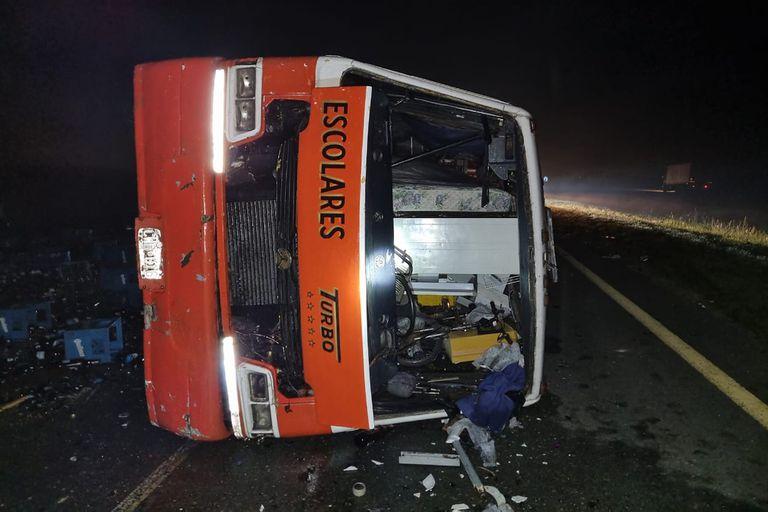 Tres vehículos protagonizaron un choque múltiple con un desenlace fatal sobre Ruta 2, altura Chascomús