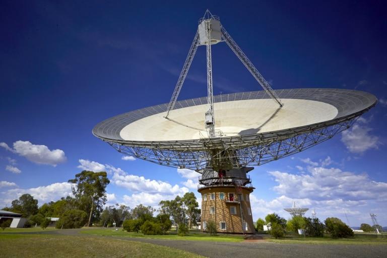 La extraña señal fue detectada en Australia donde el telescopio gigante está ubicado en el sureste del país