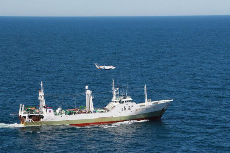 Pesca ilegal: ¿Cómo funciona la Zona Económica Exclusiva Argentina?