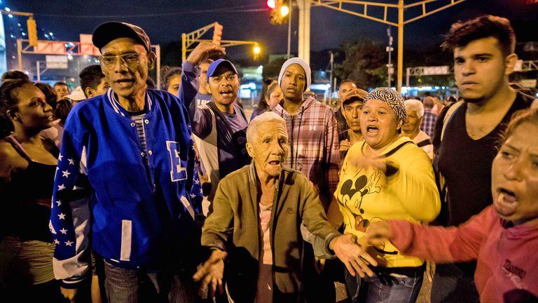 Venezuela cerró el 2017 con una inflación de 2616% pero para Nicolás Maduro no hay crisis