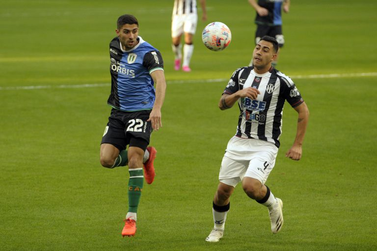 Banfield arrancó ganando y Central Córdoba empujó más, pero empataron 1-1