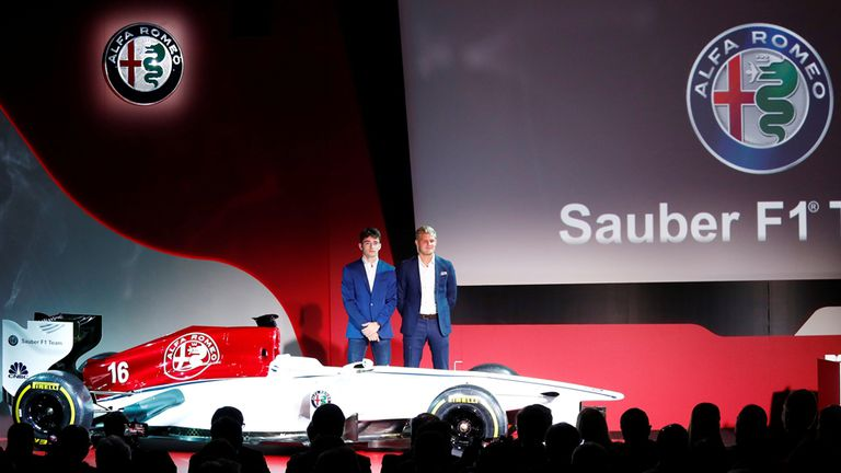 Sauber presentó sus pilitos para 2018