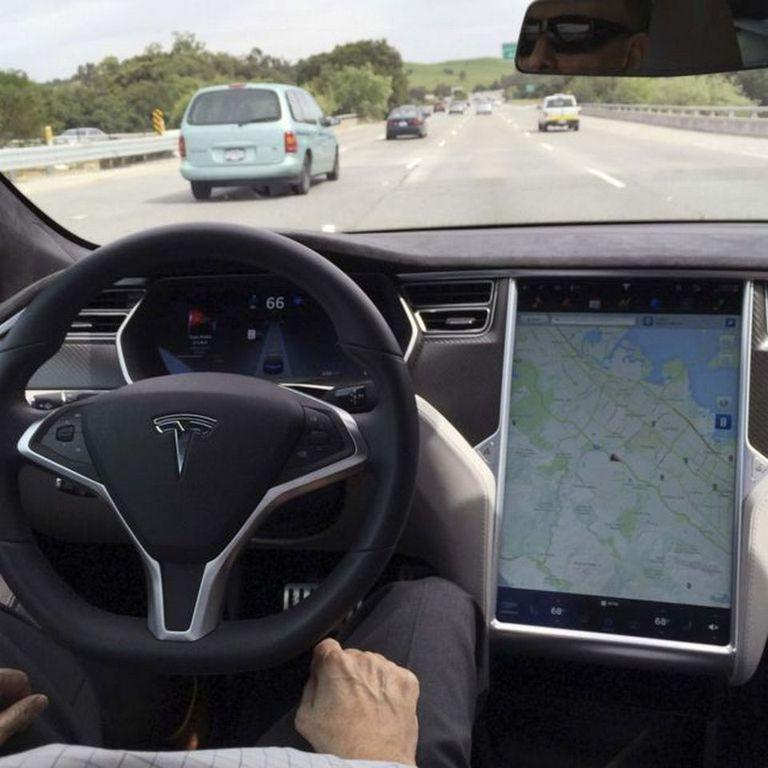 El Tesla involucrado en el accidente fue el Modelo S