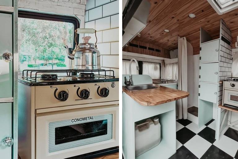 Horno pequeño, estantes y mesada para la comodidad de una cocina pequeña
