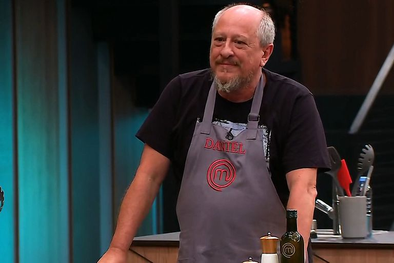 El multifacético Daniel Araoz, del escenario a la cocina.