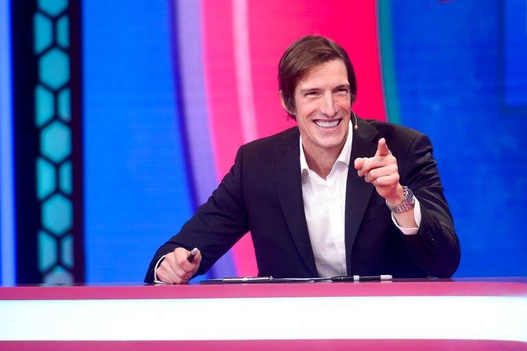 Iván De Pineda vuelve a Pasapalabra y se entusiasma con el cambio de canal.