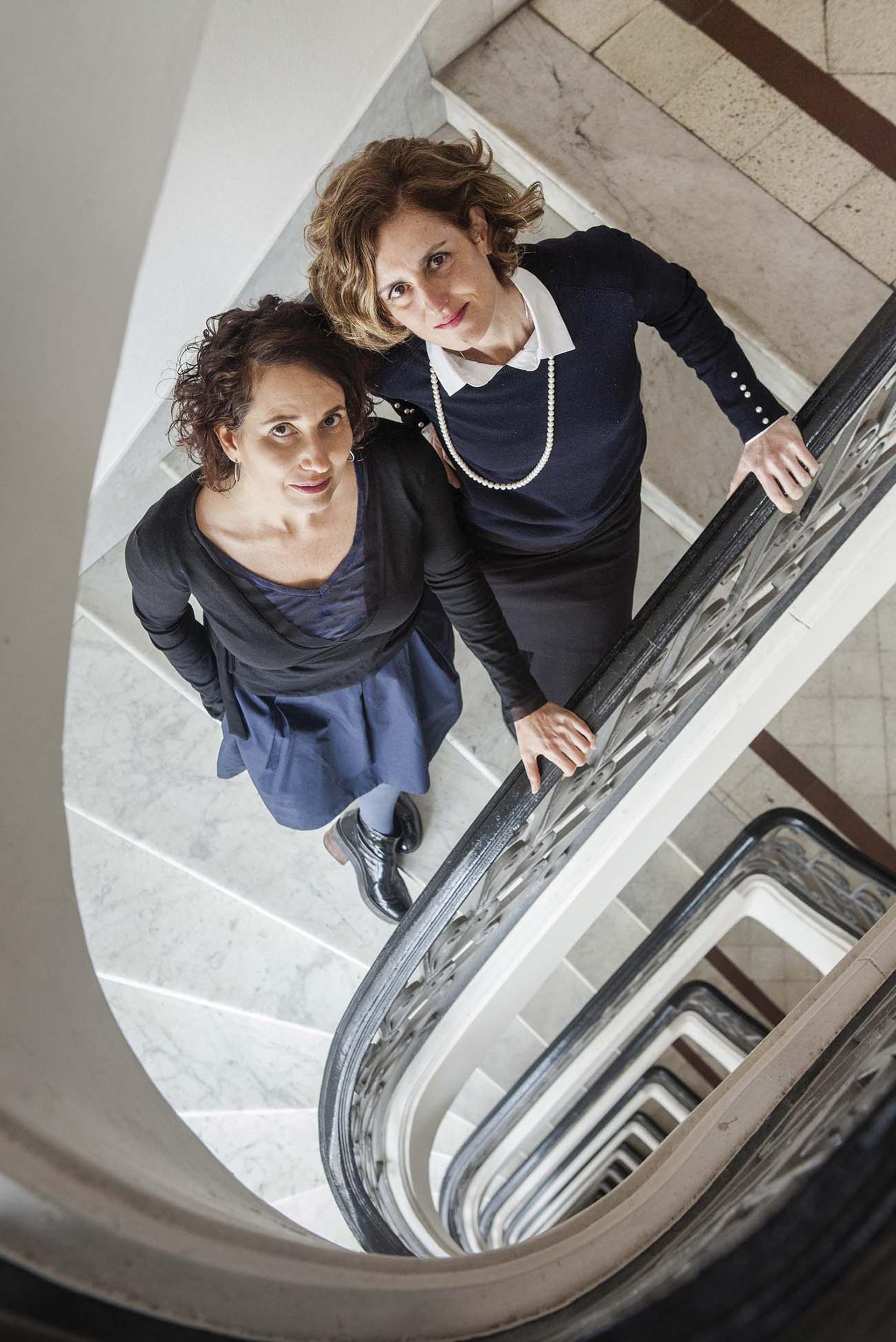 Las diseñadoras Valeria Dulitzky y Julieta Ulanovsky.