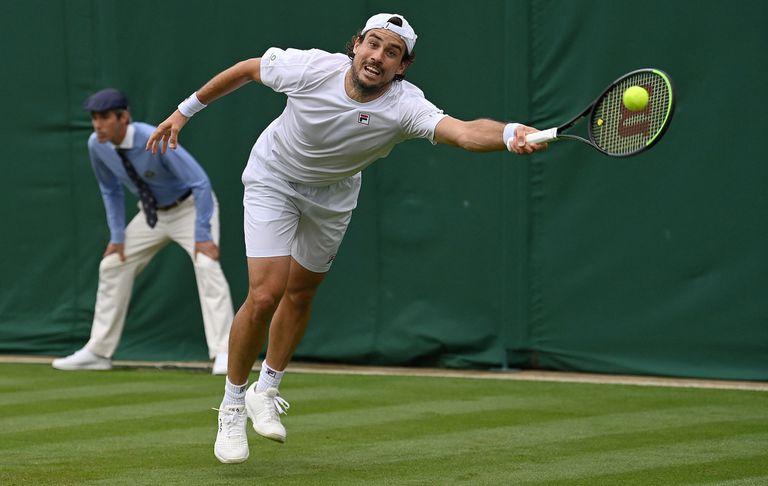 El tenista argentino Guido Pella regresó a Wimbledon, donde fue cuartofinalista en 2019, pero cayó en la primera ronda con Matteo Berrettini (Italia), séptimo cabeza de serie.