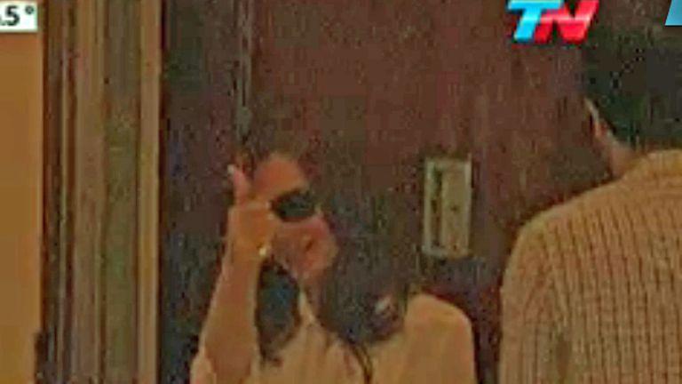Cristina, en su departamento en Recoleta