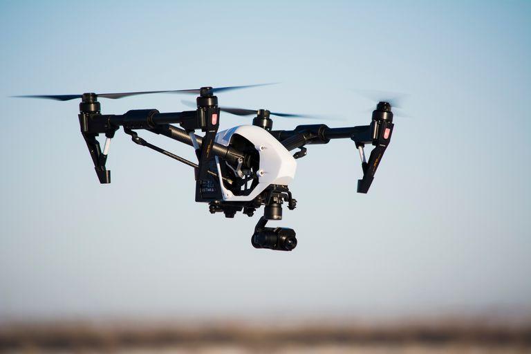 La policía usó un dron para detectar marihuana en un patio: la Justicia anuló el allanamiento