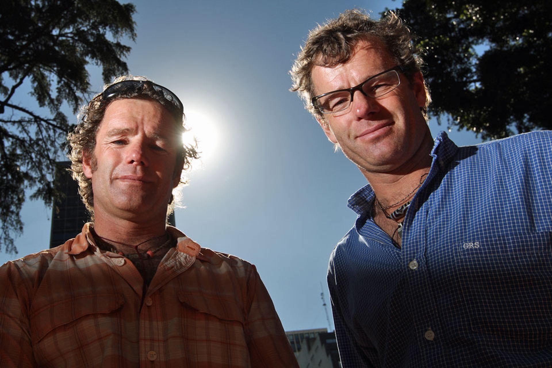 Damián y Guillermo Benegas lideraron la primera expedición íntegramente argentina en alcanzar la cima del monte Everest