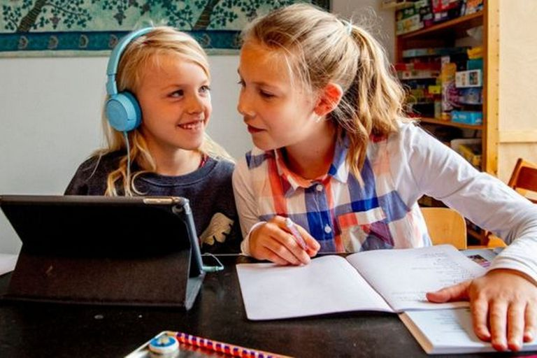 Ante la pandemia de covid-19 y el cierre masivo de instituciones educativas, los países nórdicos han liberado herramientas educativas online