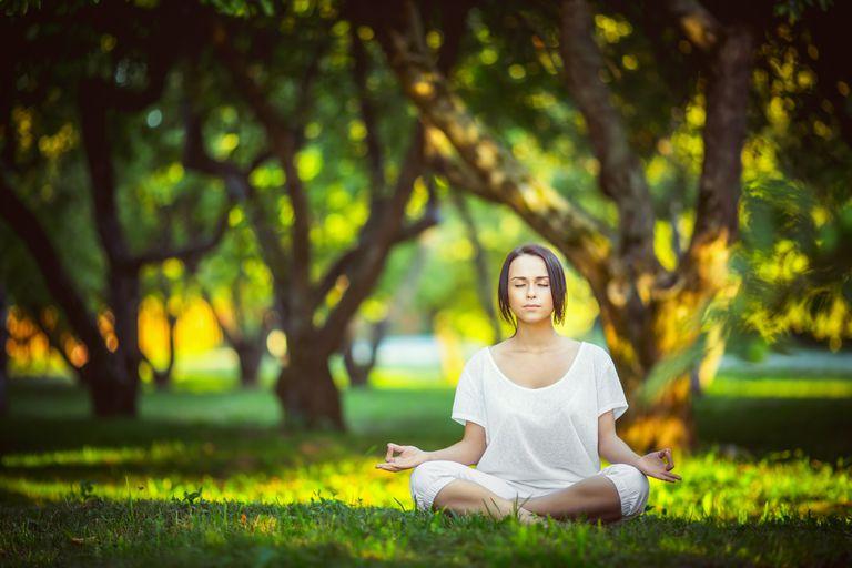 5 ejercicios express que alivian dolores y mejoran el ánimo