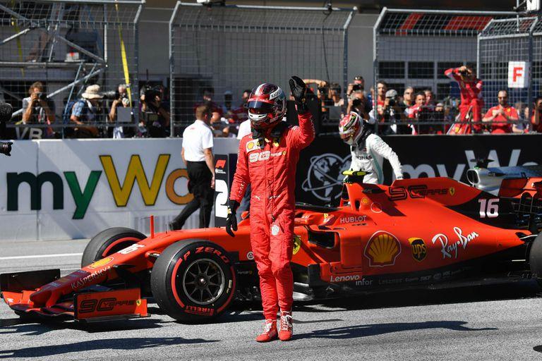 La segunda pole ya es suya: Leclerc alegra a Ferrari