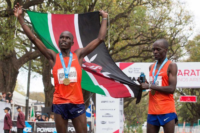 Aunque con menos corredores, la maratón porteña volvió a sorprender