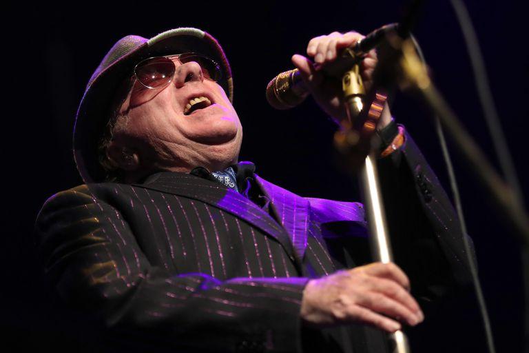 El cantante irlandés Van Morrison quiere salas de conciertos llenas de público
