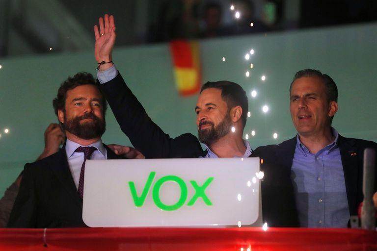 El socialismo ganó, pero la ultraderecha cantó victoria en España