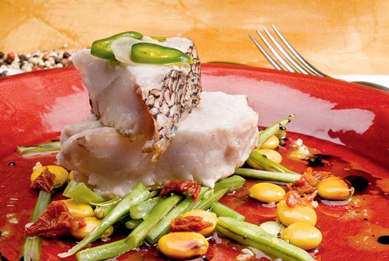 Salmón blanco con colchón de vegetales