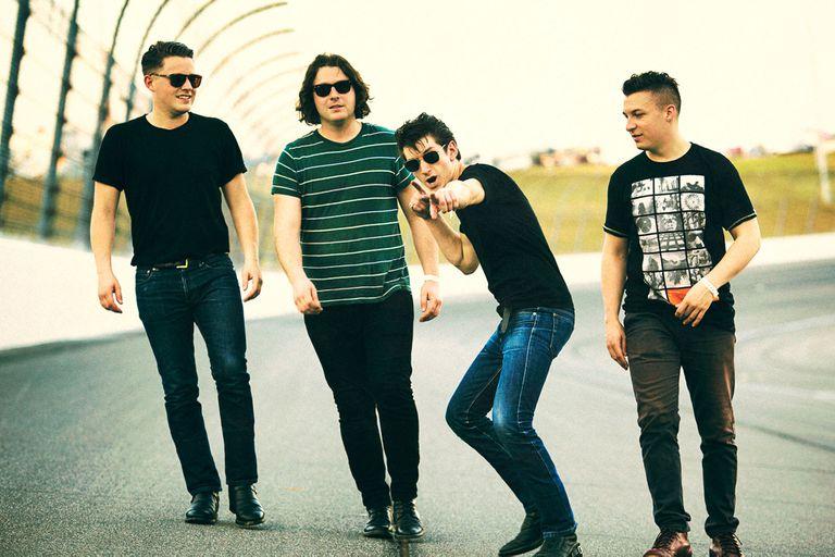 Arctic Monkeys: su discografía ordenada de peor a mejor