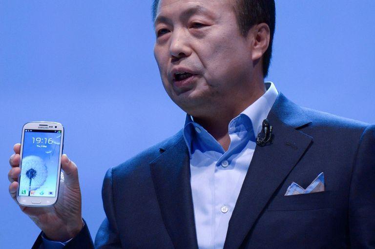 JK Shin, presidente de la división móvil de Samsung, presenta el Galaxy SIII en Londres