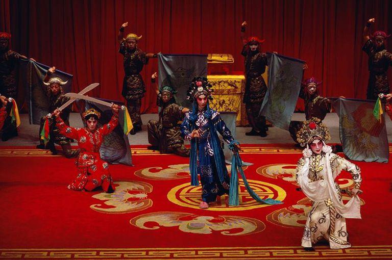 Jiang consideraba que la ópera tradicional china no representaba los valores ni la realidad de la China comunista