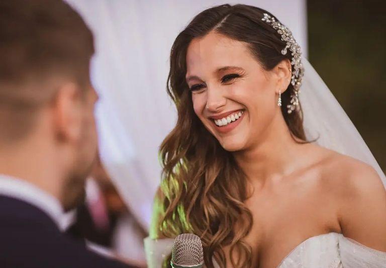 """Barbie Vélez, en la noche de su casamiento con Lucas Rodríguez: """"Me lloré la vida"""""""