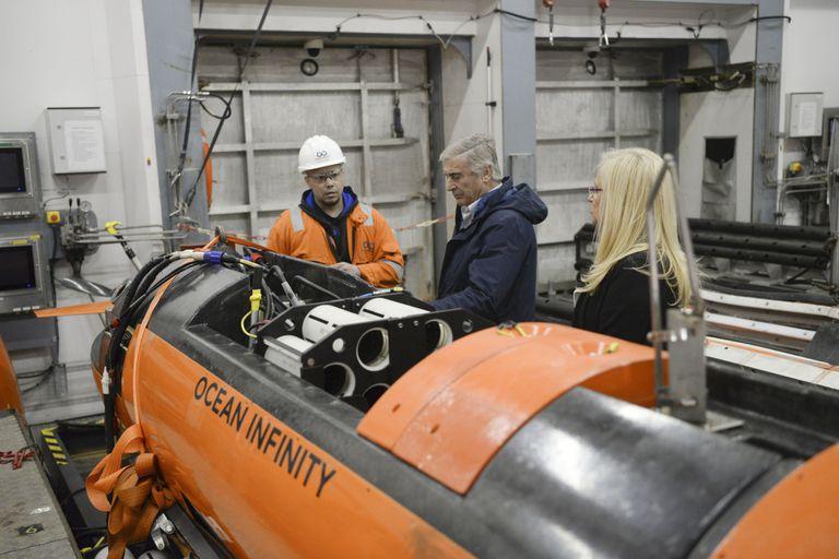 La empresa utilizó cinco vehículos autónomos sumergibles para la búsqueda, dirigida por un equipo de 60 profesionales
