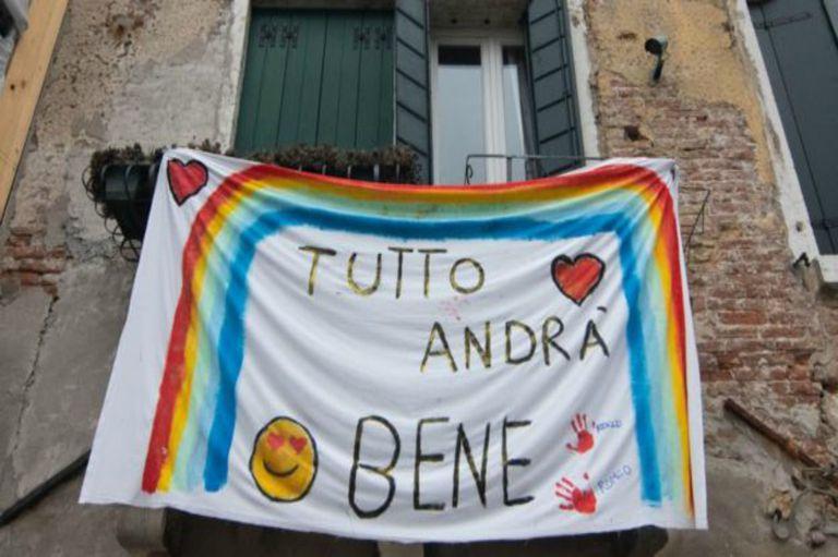 Italia puso en efecto fuertes medidas restrictivas del movimiento de personas