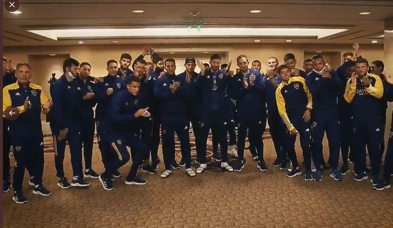 El saludo del plantel de Boca para los juveniles (¿quiénes son?) que este sábado jugarán ante Banfield