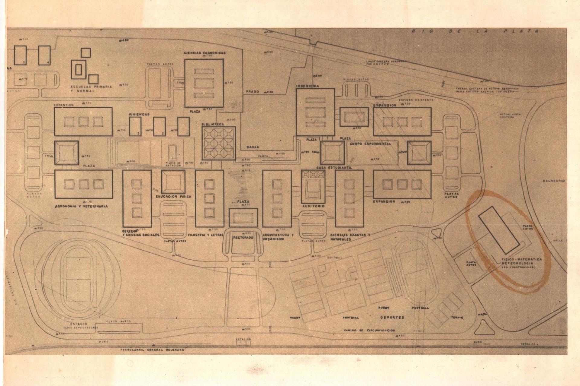 Plano original, hecho a mano, circa 1962. Cada edificio tiene detallado su futuro uso.
