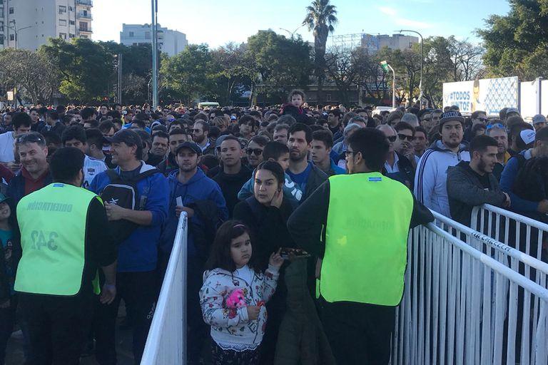 Vélez estuvo como nunca con Jaguares: casi 20.000 personas y mucho fervor