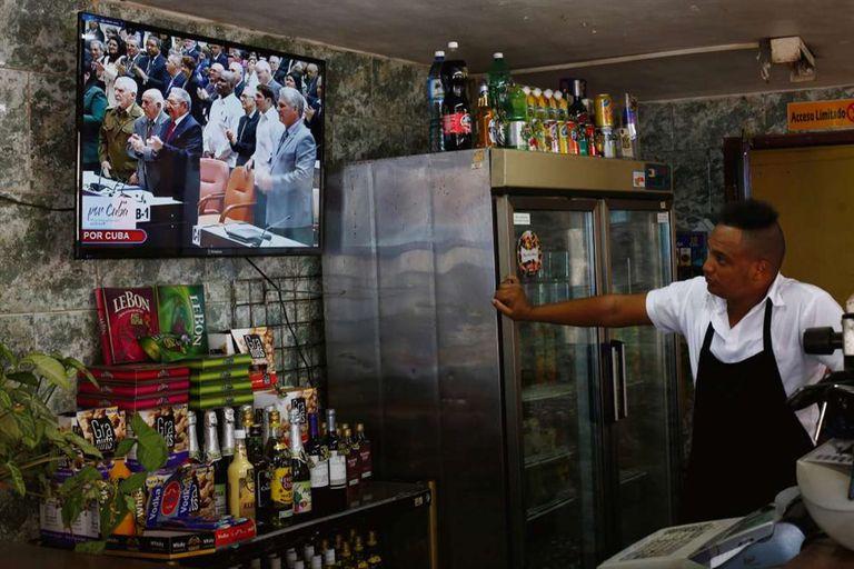 La Habana: poco entusiasmo y frialdad ante el recambio generacional