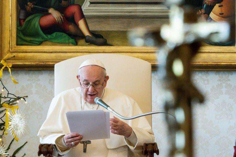 """El mensaje del papa Francisco tras la sanción de la ley del aborto: """"Todos nacemos porque alguien ha deseado para nosotros la vida"""""""