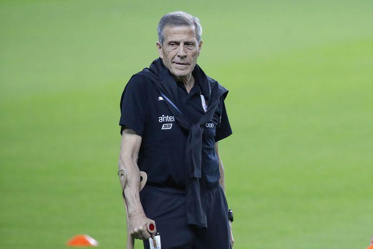 Pese a la crisis de Uruguay, el Maestro dirigirá las Eliminatorias en noviembre