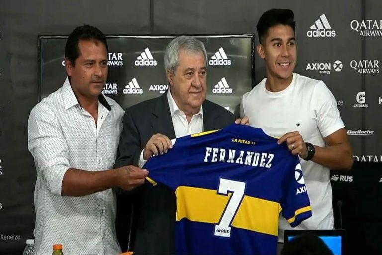 """Guillermo Pol Fernández fue presentado oficialmente por el presidente Jorge Ameal como jugador de Boca en conferencia de prensa; usará la camiseta número """"siete"""""""