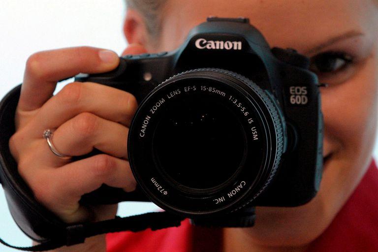 Una cámara digital Canon EOS 60D, de 18 MP. La compañía japonesa acaba de anunciar un sensor de 250 megapixeles