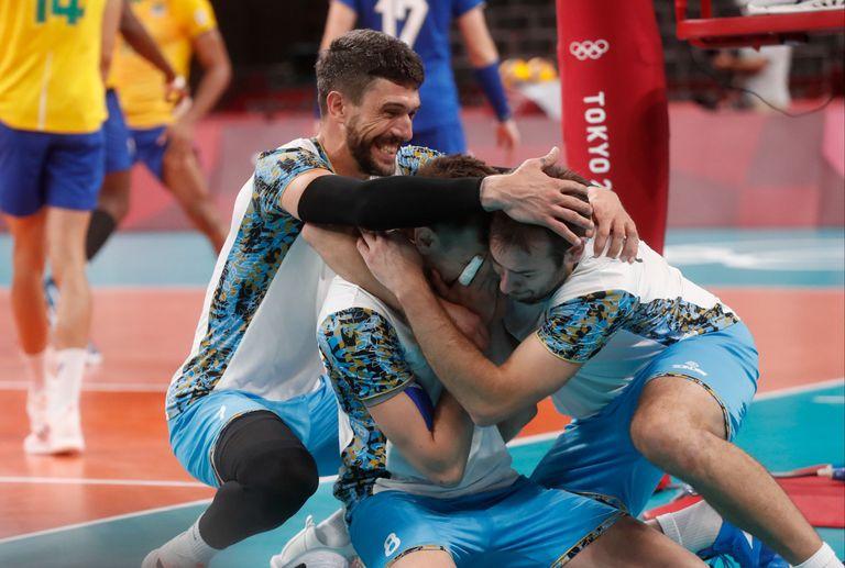 El festejo argentino en el Ariake Arena
