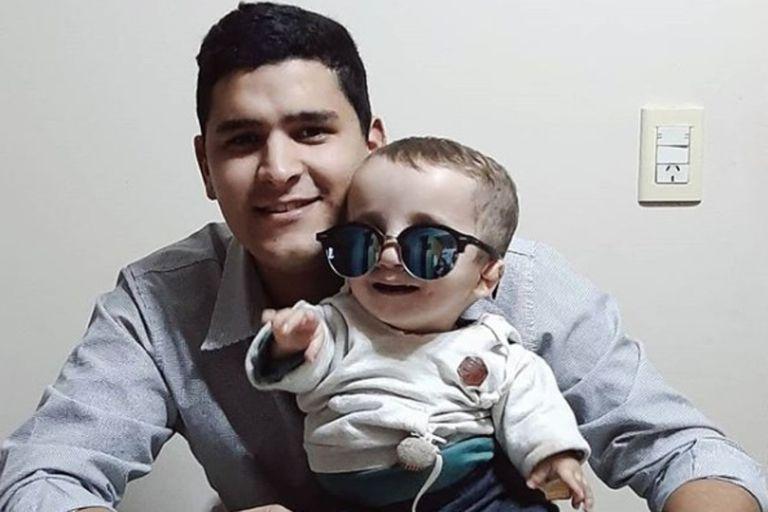 Valentino, el niño con una rara enfermedad que enternece a todos en las redes