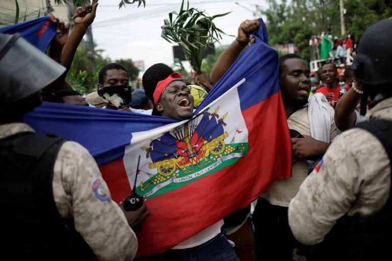 Masivas manifestaciones en Puerto Príncipe exigen la renuncia del presidente Jovenel Moïse