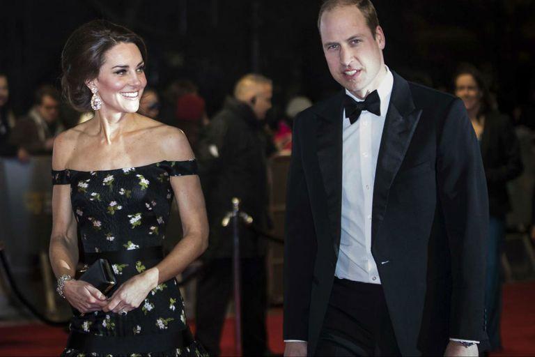 Le preguntaron al príncipe William qué haría si uno de sus hijos fuera gay