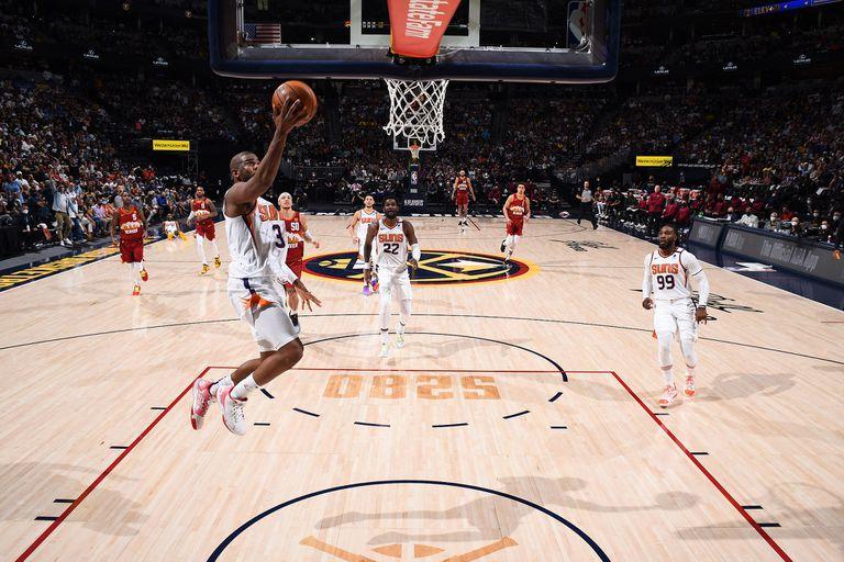Implacable en la media distancia: Chris Paul anotó 37 puntos para Phoenix Suns frente a Denver Nuggets