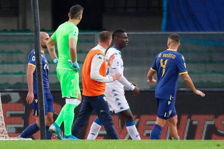 Racismo en Italia: Balotelli sufrió cánticos xenófobos y quiso irse de la cancha