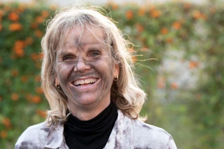 Adriana Bisbal, de 55 años, fue maestra jardinera pero ahora trabaja en la recepción de una escuela de La Horqueta