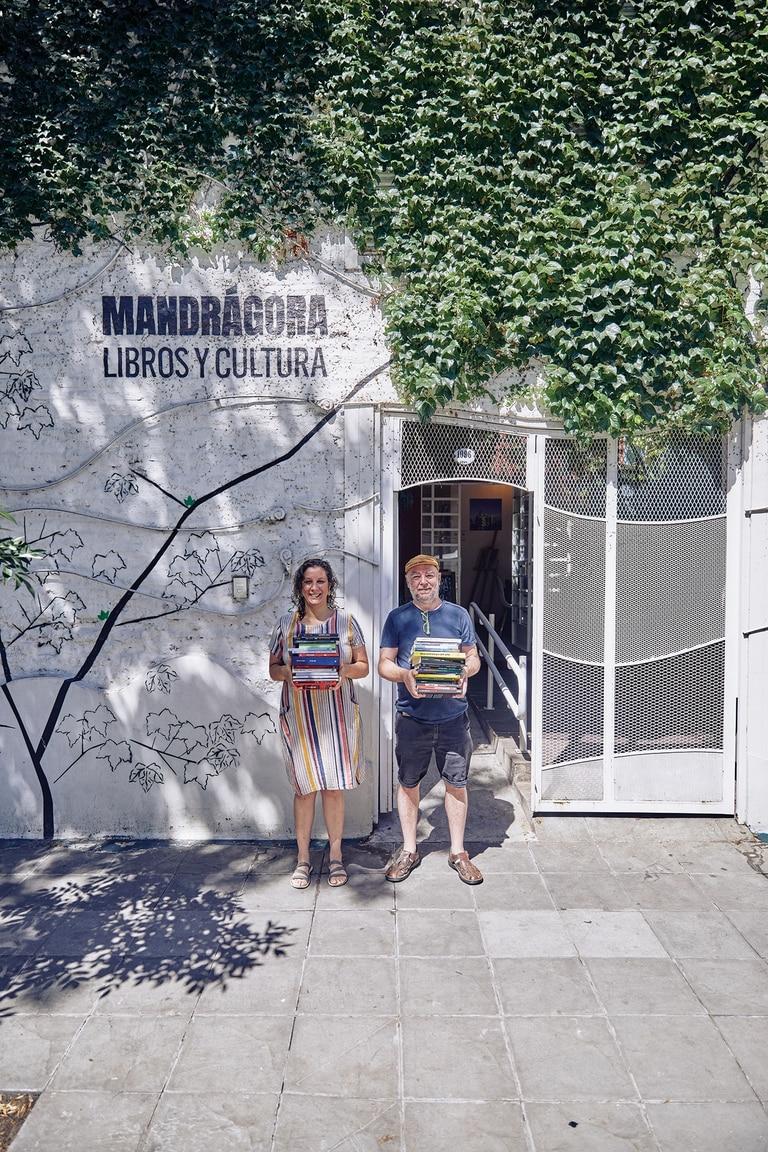 Orgullosos, los libreros de Mandrágora, en Villa Crespo