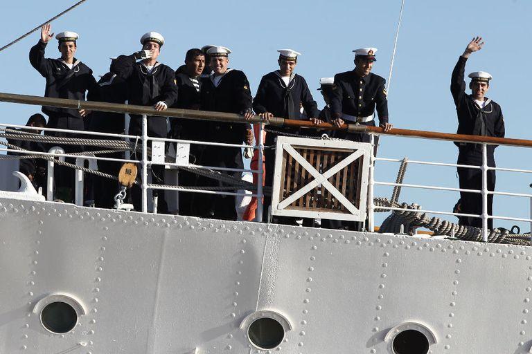 La Fragata dio comienzo a su 43° viaje de instrucción al mando del Capitán de Navío, Pablo Lucio Salonio