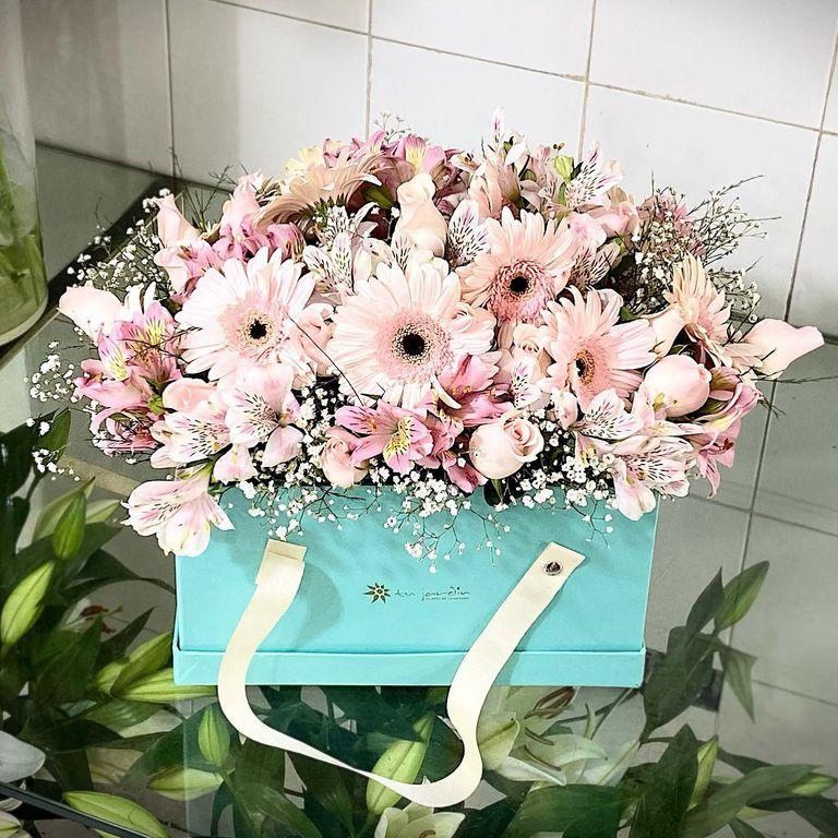 Para regalar o autorregalarse, los ramos de Florería Tu Jardín son ideales para festejar la llegada de la primavera