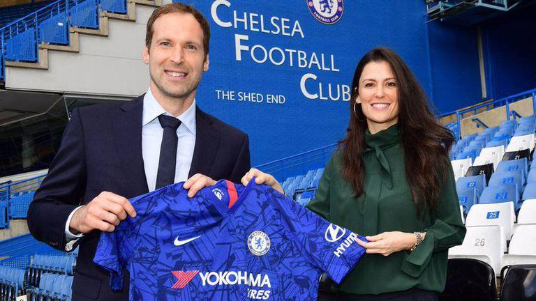 Petr Cech junto a Marina Granovskaia, la nueva dama de hierro de Chelsea