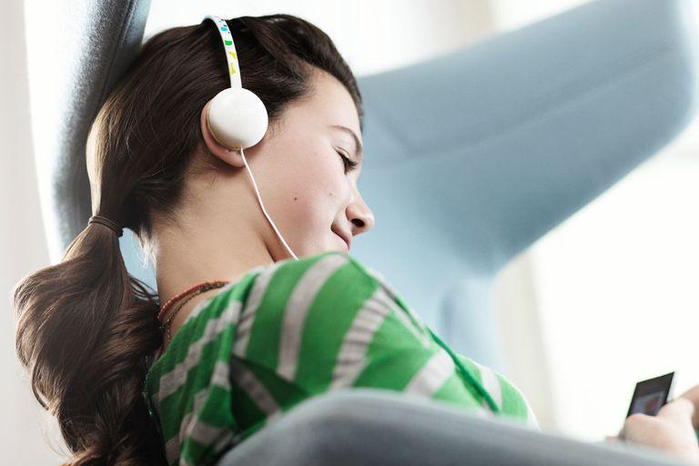 En la Argentina hay múltiples servicios que permiten acceder a una discoteca con millones de canciones para escuchar sin límite