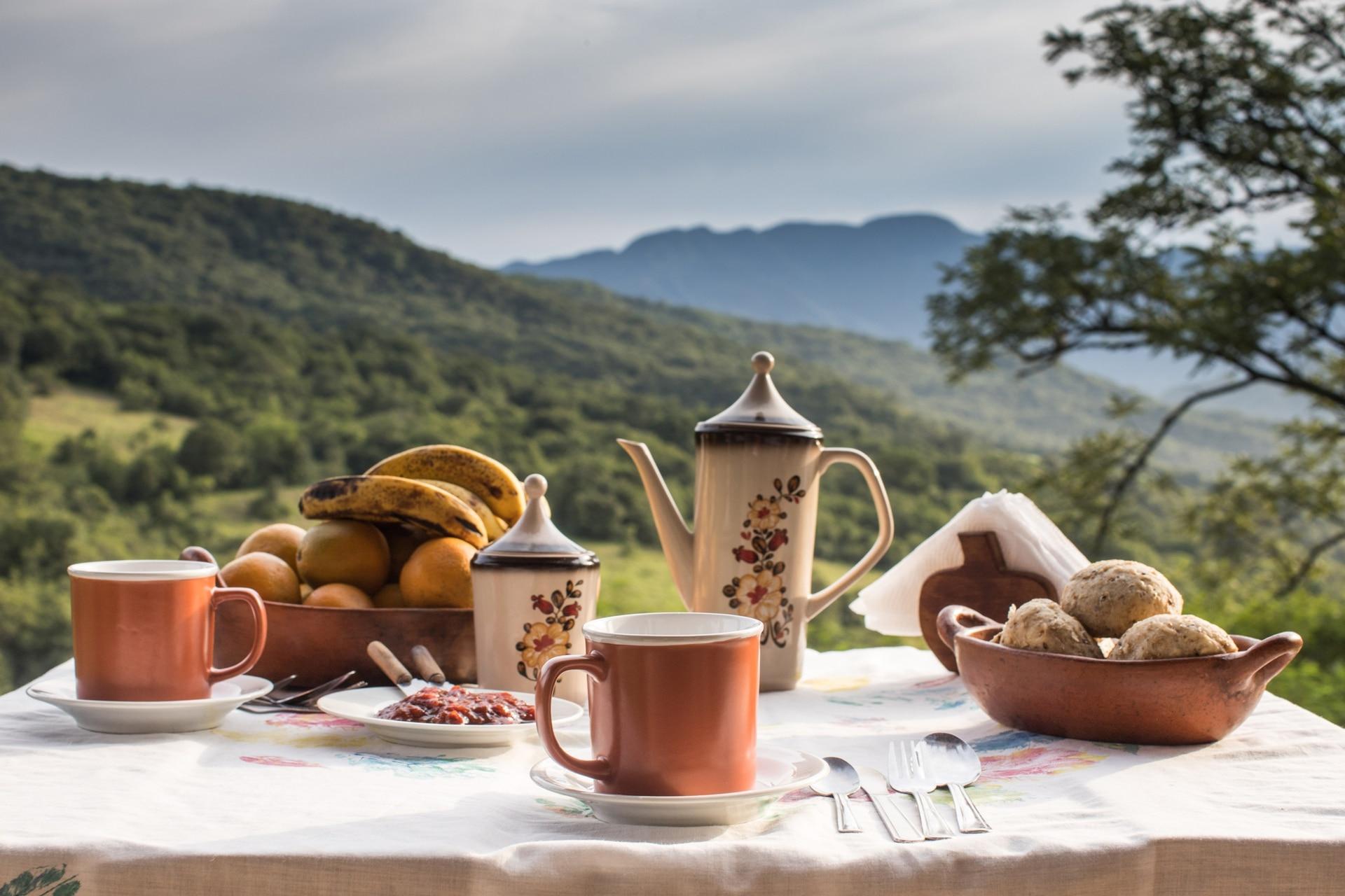 Desayuno en Aldea Luna
